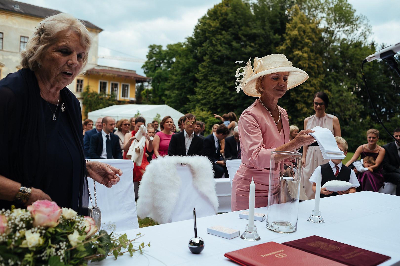Hochzeit im Schloss Aschach/Donau: Sigrid + Helmut Hochzeit  Hochzeitstag Hochzeitslocation Hochzeitsfotografie Oberösterreich Hochzeitsfotograf Österreich